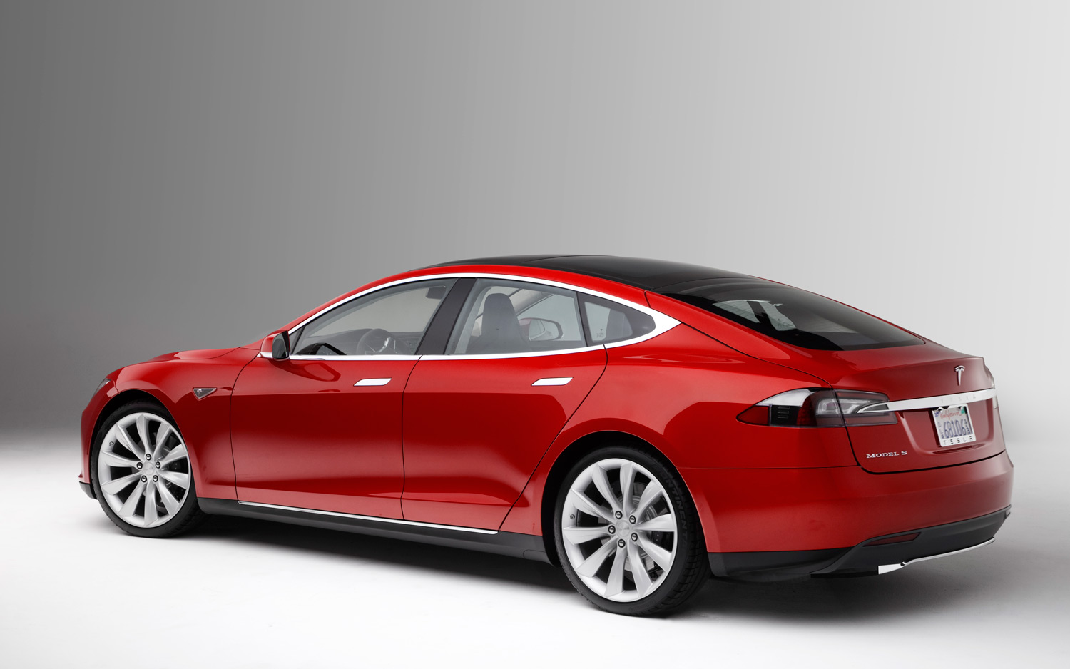 Tech Reviewer - Tesla - The Most Advanced Car Yet