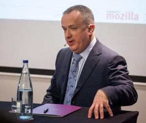 Mozilla CEO steps down over controversy
