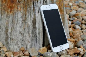 iPhone 6 vs BlackBerry Q10